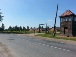 Auschwitz-Birkenau - framsidan.
