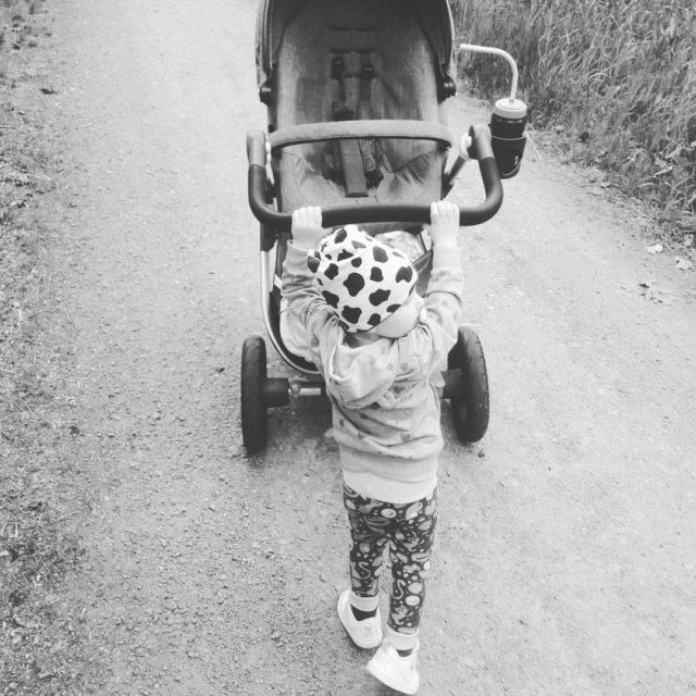 Ett barn ger dig mer glädje än allt annat i världen. Ett barn behöver inget annat än omtanke och kärlek.